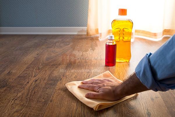 đánh bóng sàn gỗ tại nhà chuẩn từ A đến Z